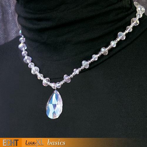 Halskette mit Glasssteinen